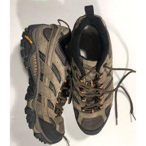 Merrell Moab hiker shoes size 10.5 excellent.